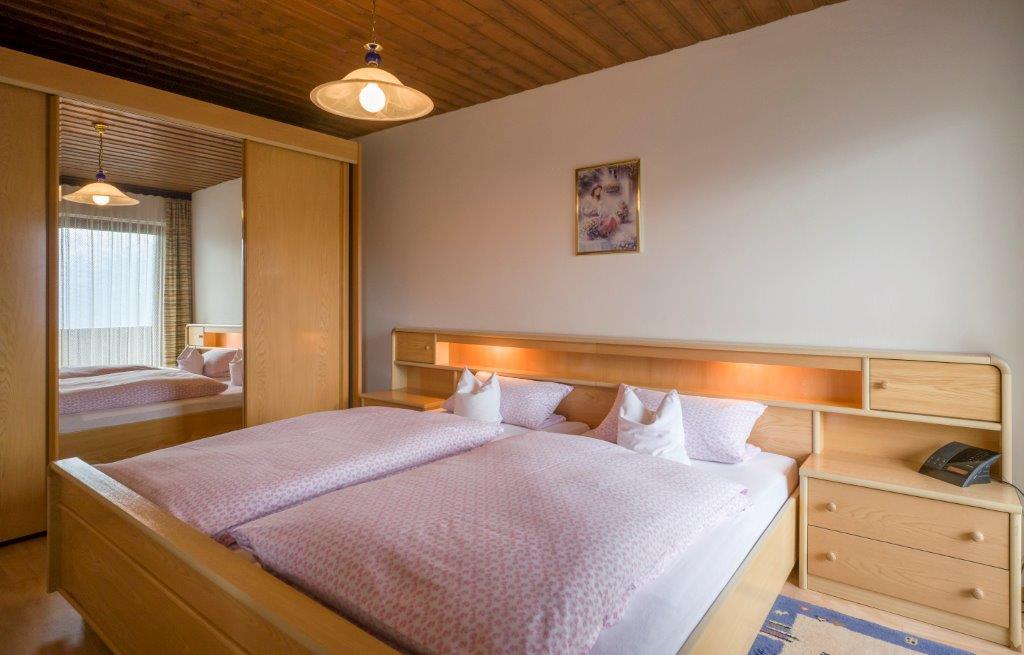 Ferienwohnung Kaiserblick - Schlafzimmer