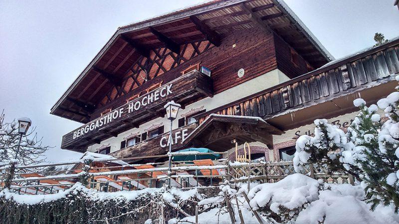 Berggasthof Hocheck Winterterasse