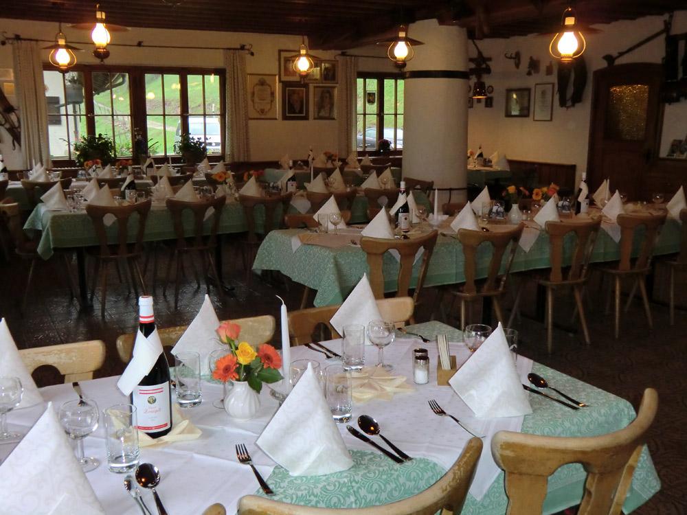 Lokal mit bis zu 80 Plätzen im Berggasthof Hocheck